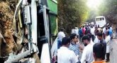 மலைப்பாதை திருப்பத்தில் விபத்து: சுற்றுலா சென்ற ஐடி ஊழியர்கள் 9 பேர் பலி