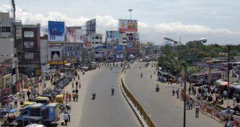 சாப்பாடு போடுங்கள்: கோவை வடமாநில தொழிலாளர்கள் திடீர் போராட்டம்