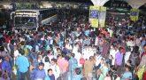 கேள்விக்குறியான அரசின் அறிவிப்பு: கோயம்பேடில் குவிந்த பொதுமக்கள்