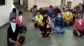 போலீசை தாக்கிய 10 பேர்களில் 5 பேர்களுக்கு கொரோனா!
